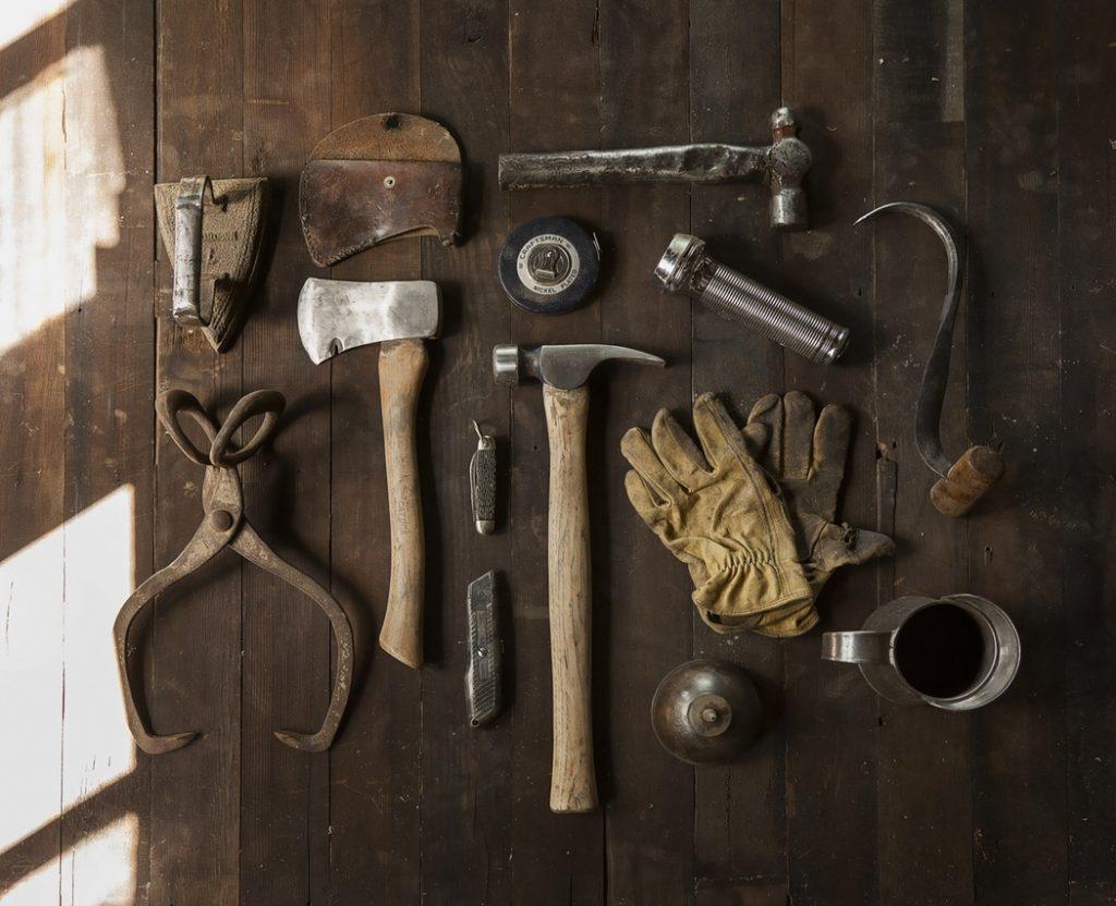 Sprawdź jakich narzędzi używa InStream.io aby pomóc Ci zarządzać Twoimi relacjami biznesowymi